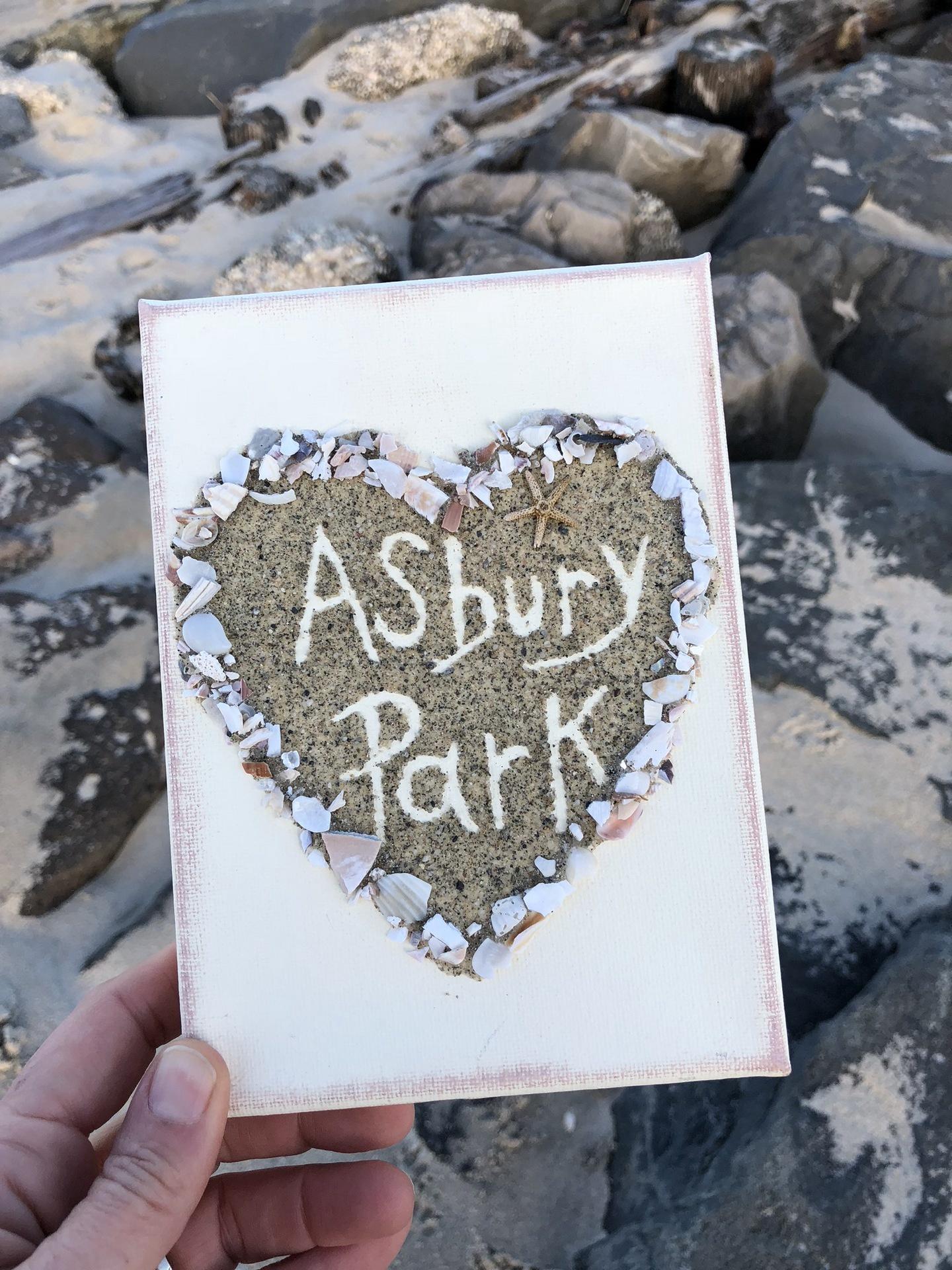 5x7 Sand Shell Heart w/AP Jersey