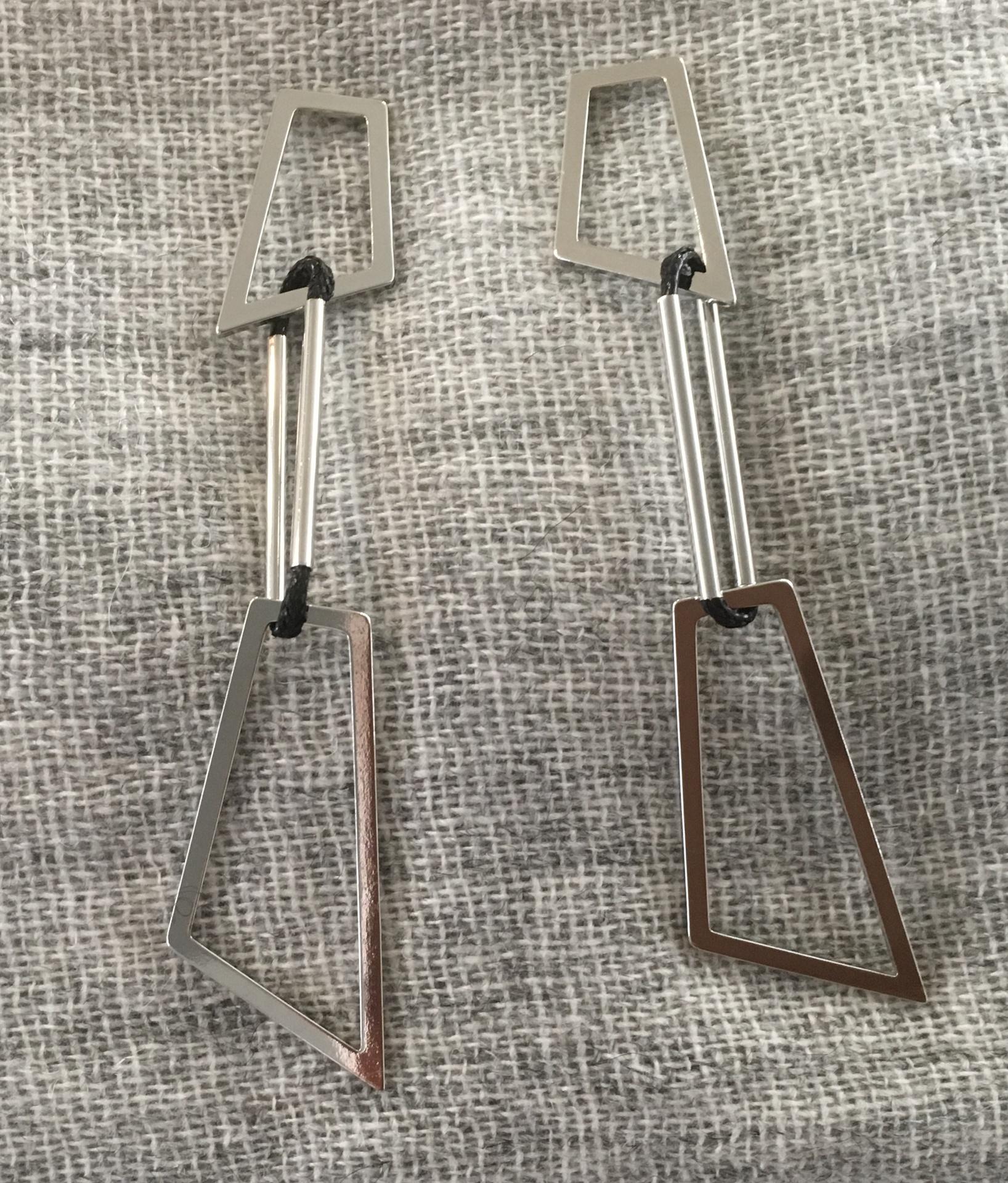 Silver geo design drop earrings