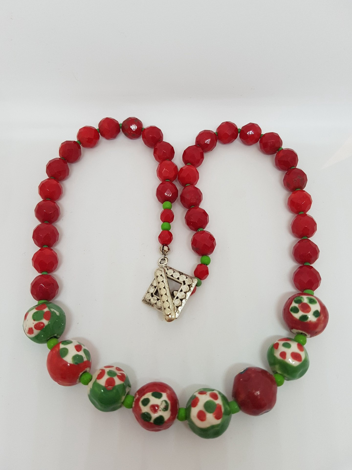 Red and Green Vintage beaded Necklace