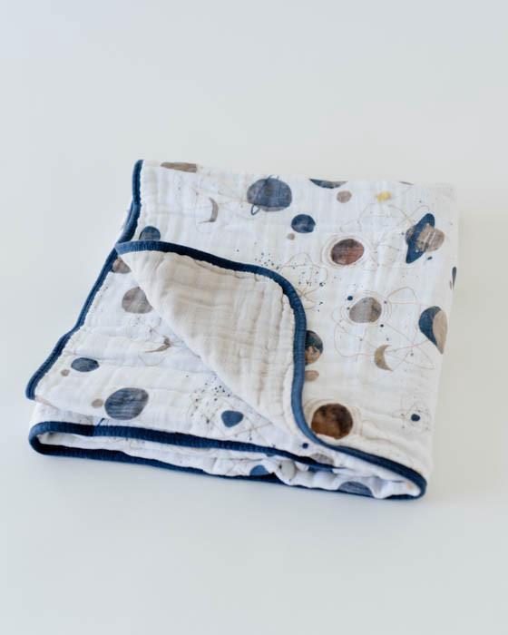 Cotton Muslin Quilt | Planetary