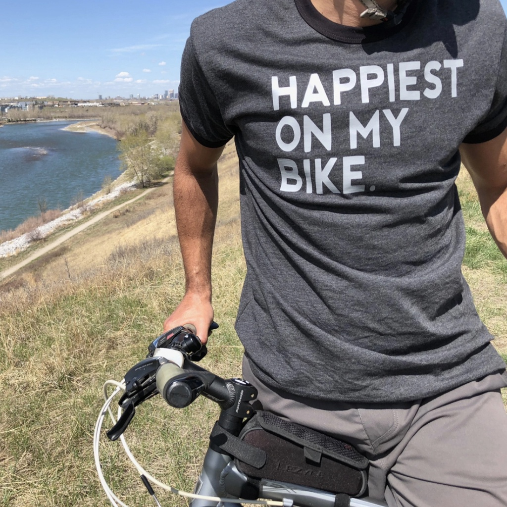 Happiest On My Bike  (Men's Crewneck T-Shirt)