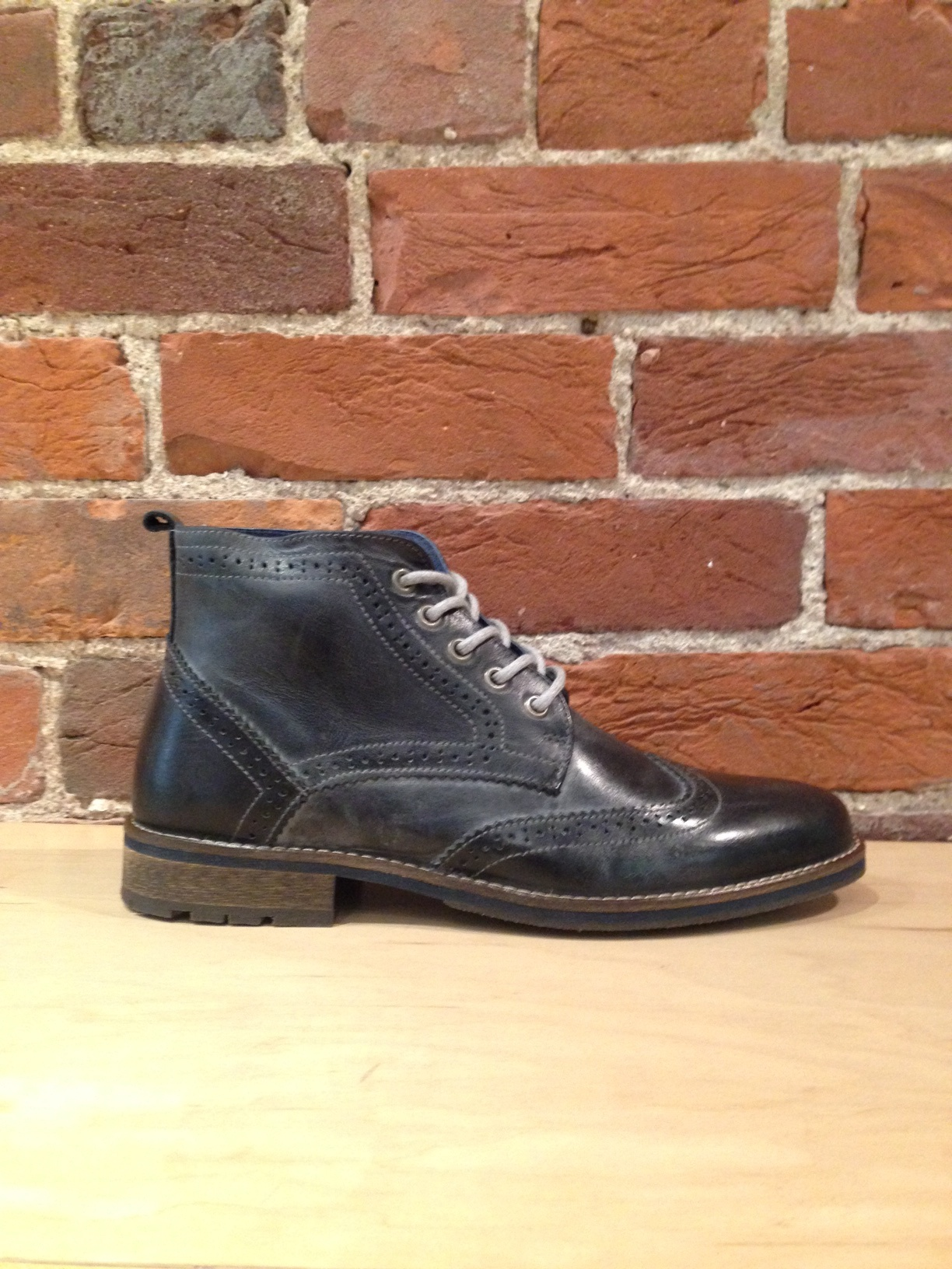 PARC CITY BOOT CO. - BIG BEND BOOT IN BLACK WASHED LEATHER