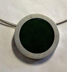 Greenstone round wire Pendant