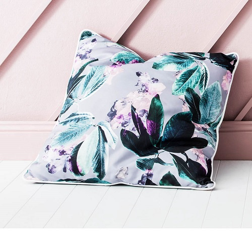 Outdoor Pillow | Grey Crystal Gardens