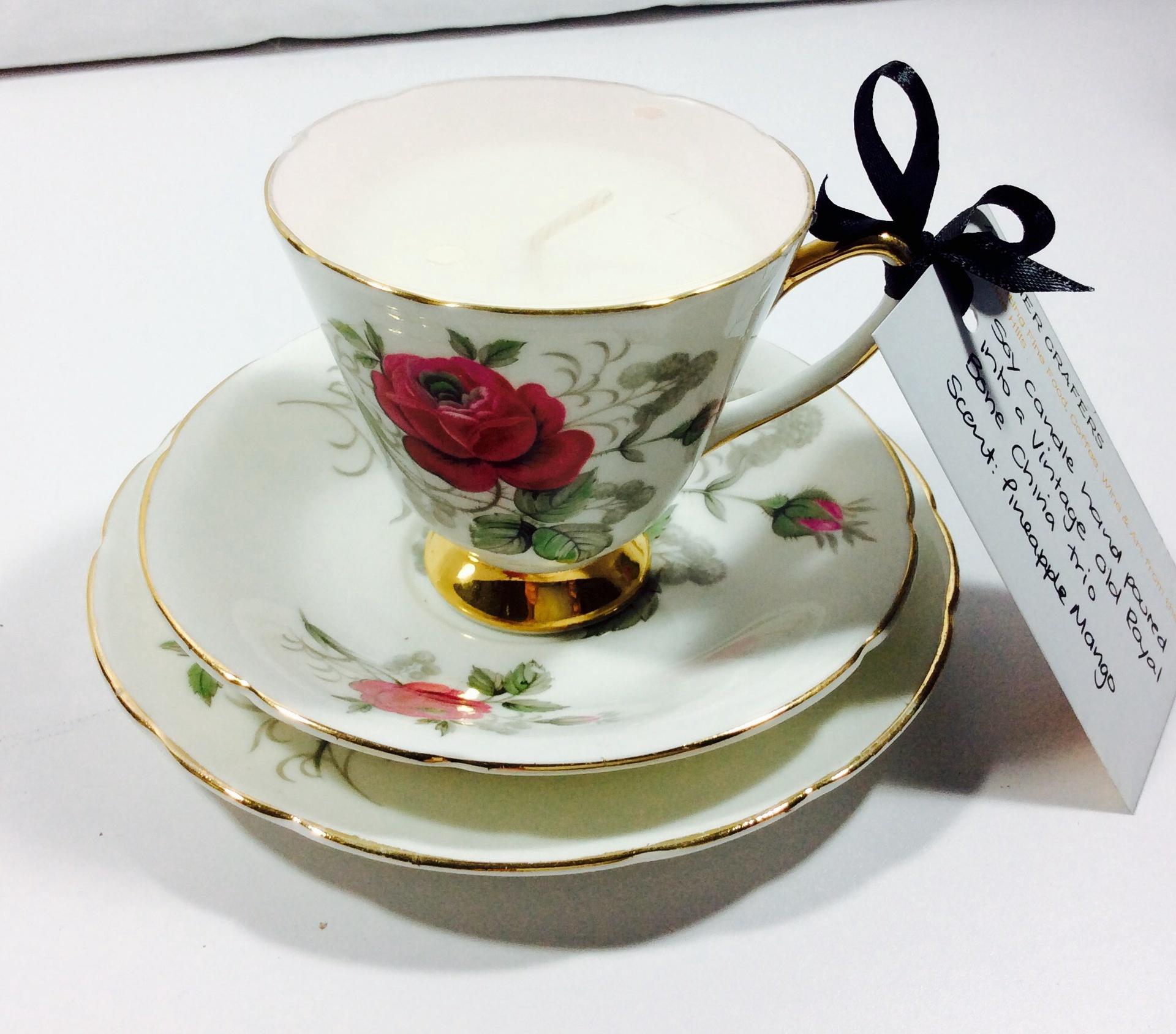 Vintage Tea Cup Candle - Old Royal Trio (1930-41) - Pineapple Mango