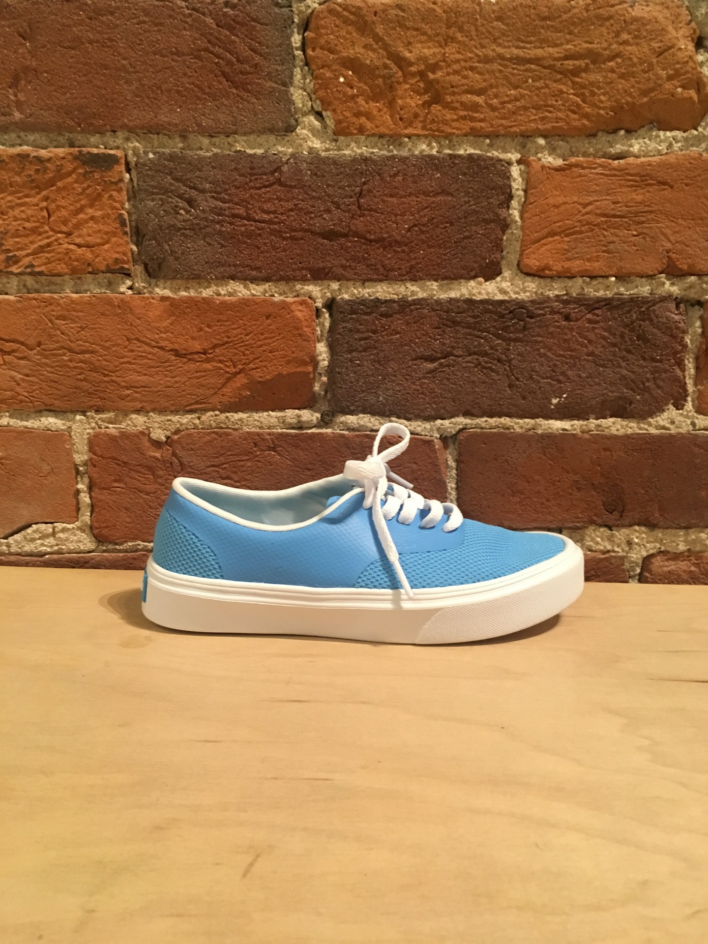 PEOPLE FOOTWEAR - THE STANLEY IN BLISS BLUE/YETI WHITE