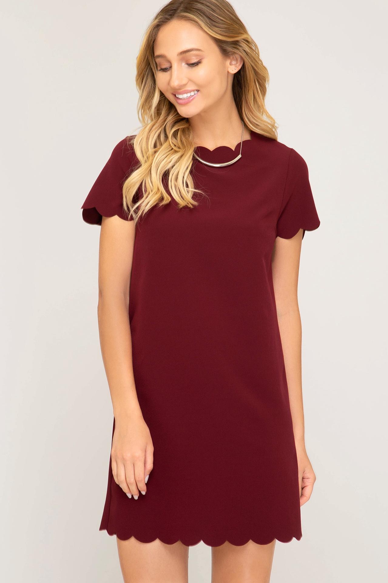 Wine S/S Dress w Scallop Neck