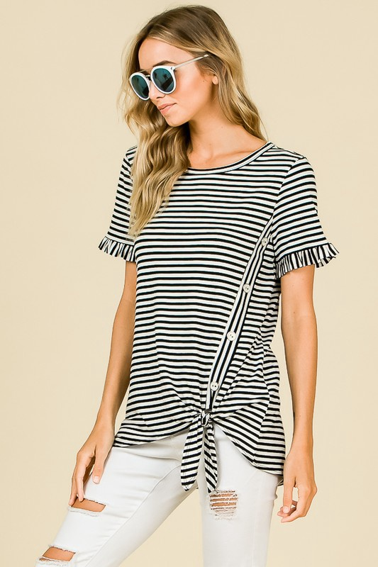 Blk/Wht S/S Stripe Top w Buttons up Side