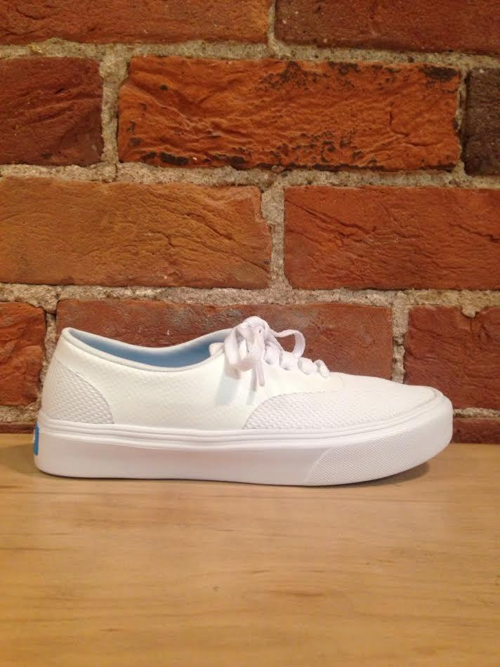 PEOPLE FOOTWEAR - THE STANLEY YETI WHITE/YETI WHITE