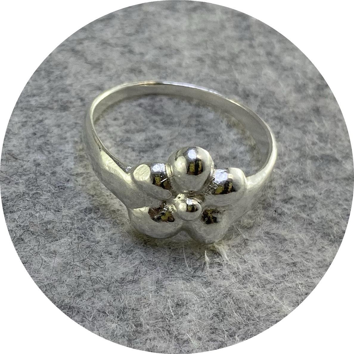 Ada Hodgson - Fleur Signet Ring, Sterling Silver, Size P