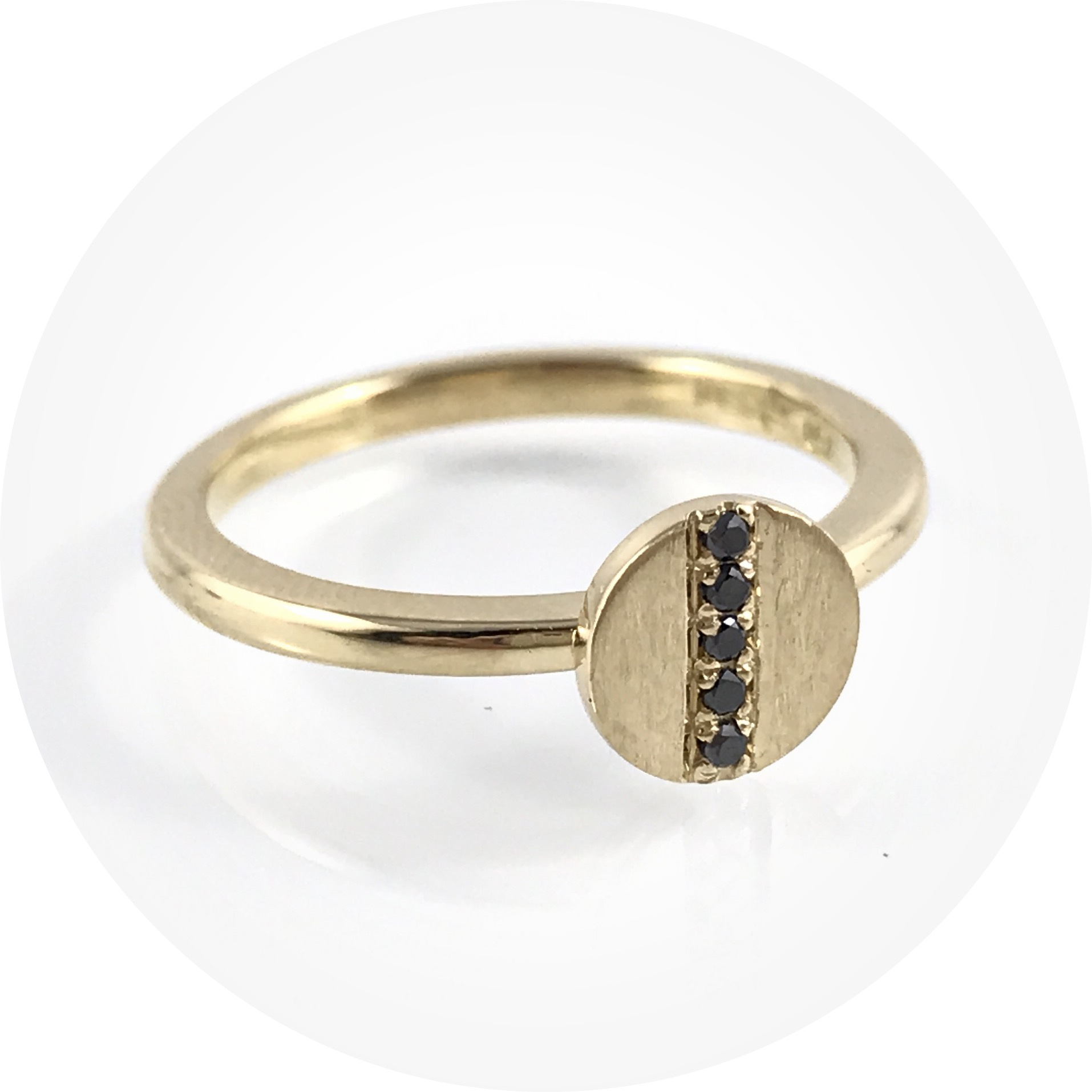 Angela Natalier- All in a Row ring. 18ct yellow gold, black diamonds. Size L.
