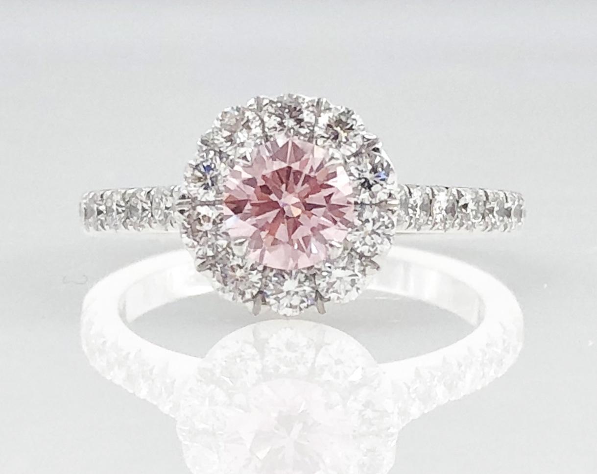 Pink Diamond Ring >> 18ct Pink Diamond Halo Ring