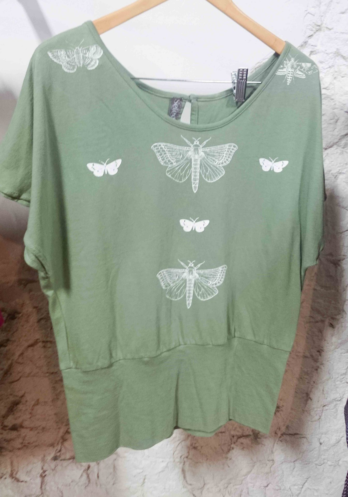 nz moth button top sage