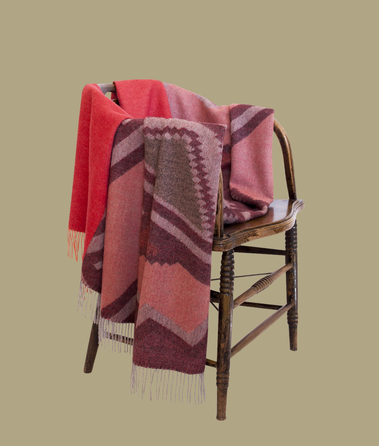 ETHNIC THROW C002