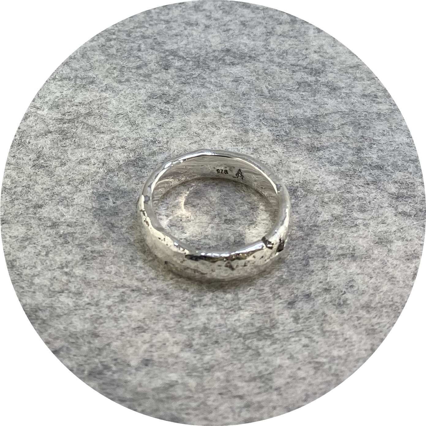 Kirra-Lea Caynes- Round diamond sterling silver band. size P