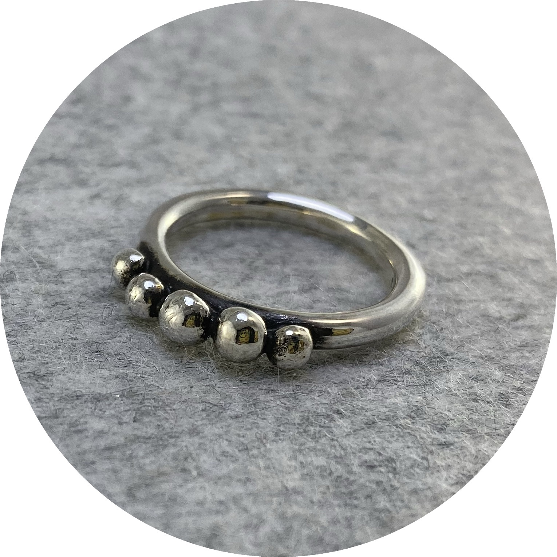 Susan Ewington - 'Granule Ring', 925 silver L