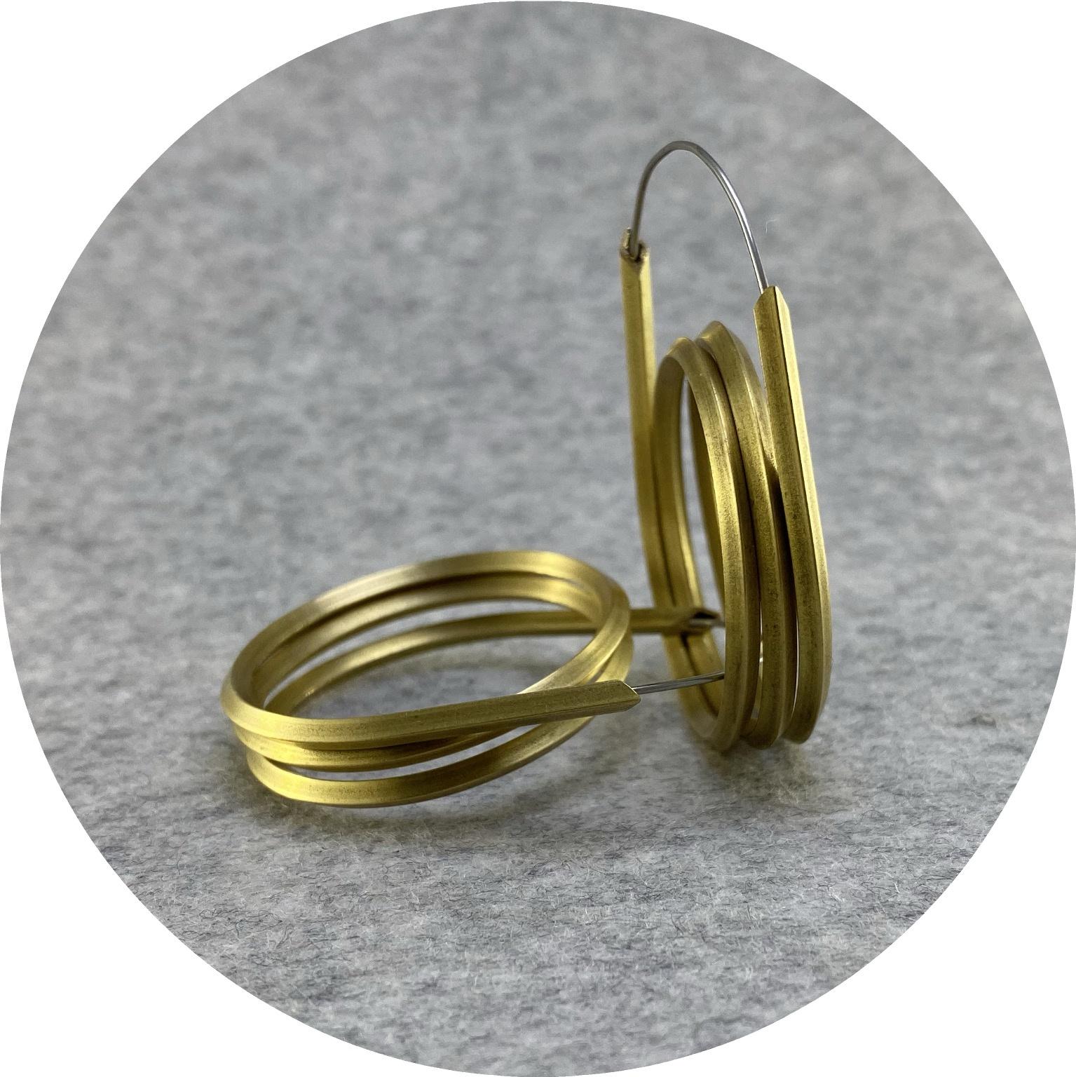 Kristina Neumann - 'Double Hoop', brass, stainless steel