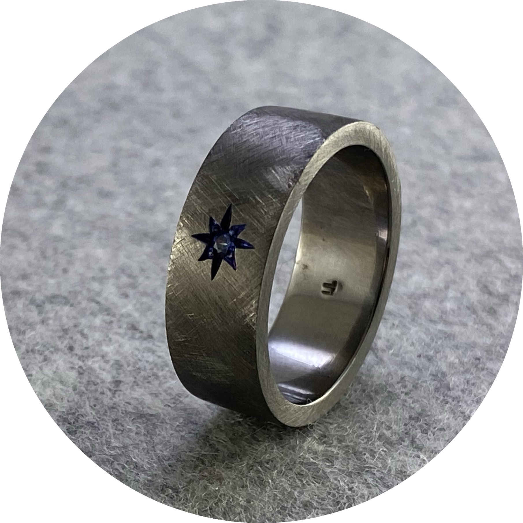 Brendan Cunningham - 'Star Set CZ Ring', titanium, cz P.5