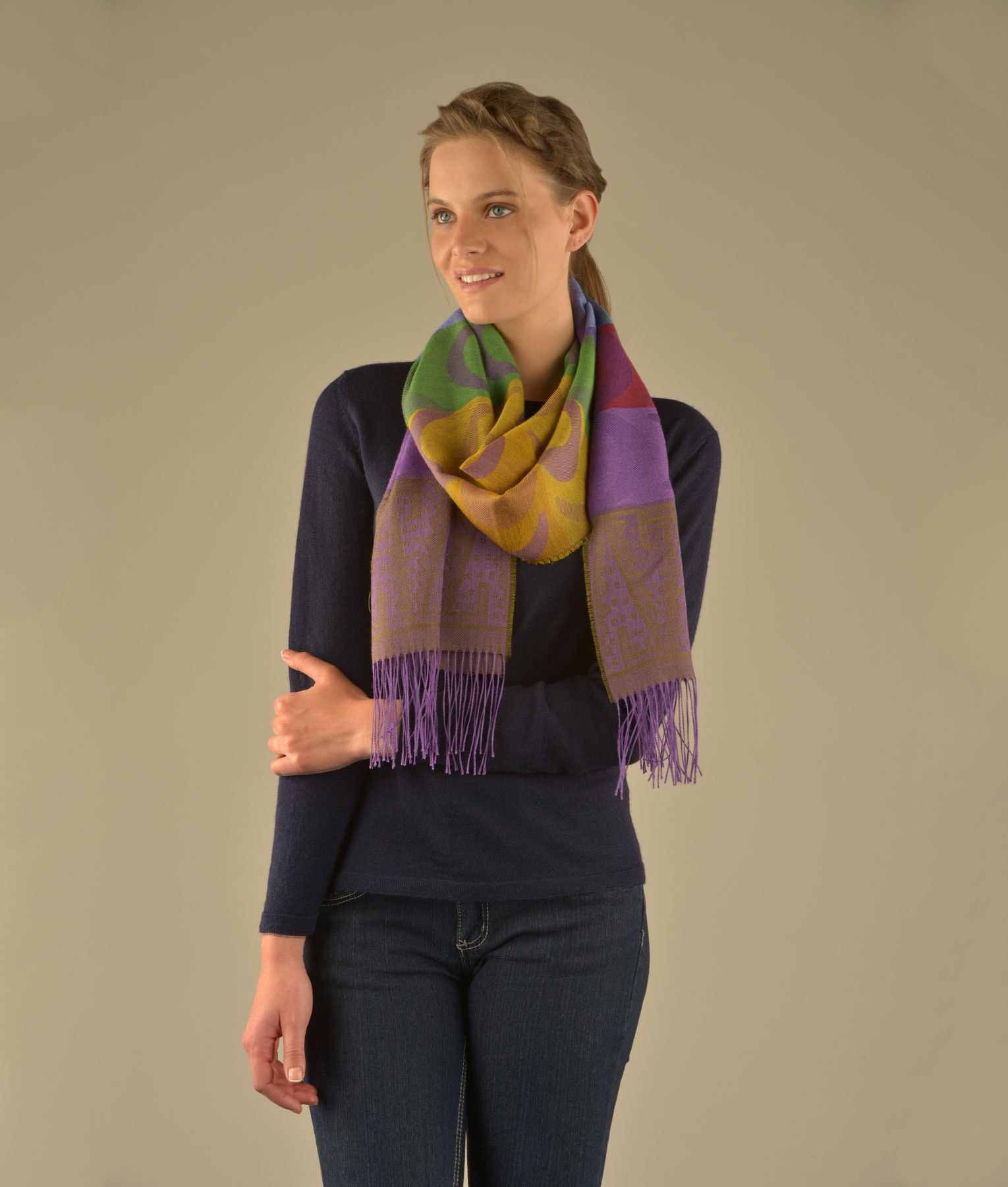 THE AUDITION SCARF C002