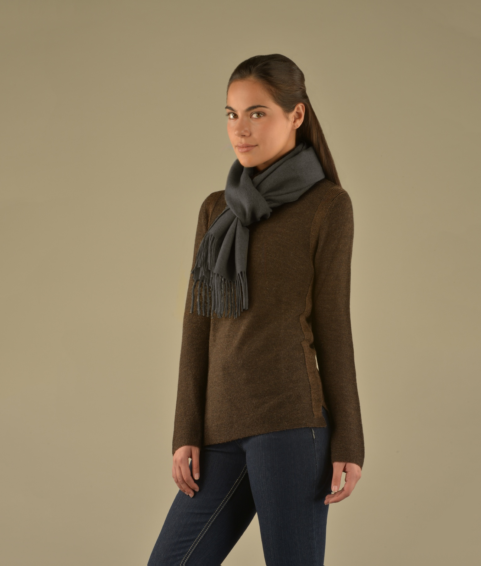LONG BRUSHED SCARF CHARCOAL 403