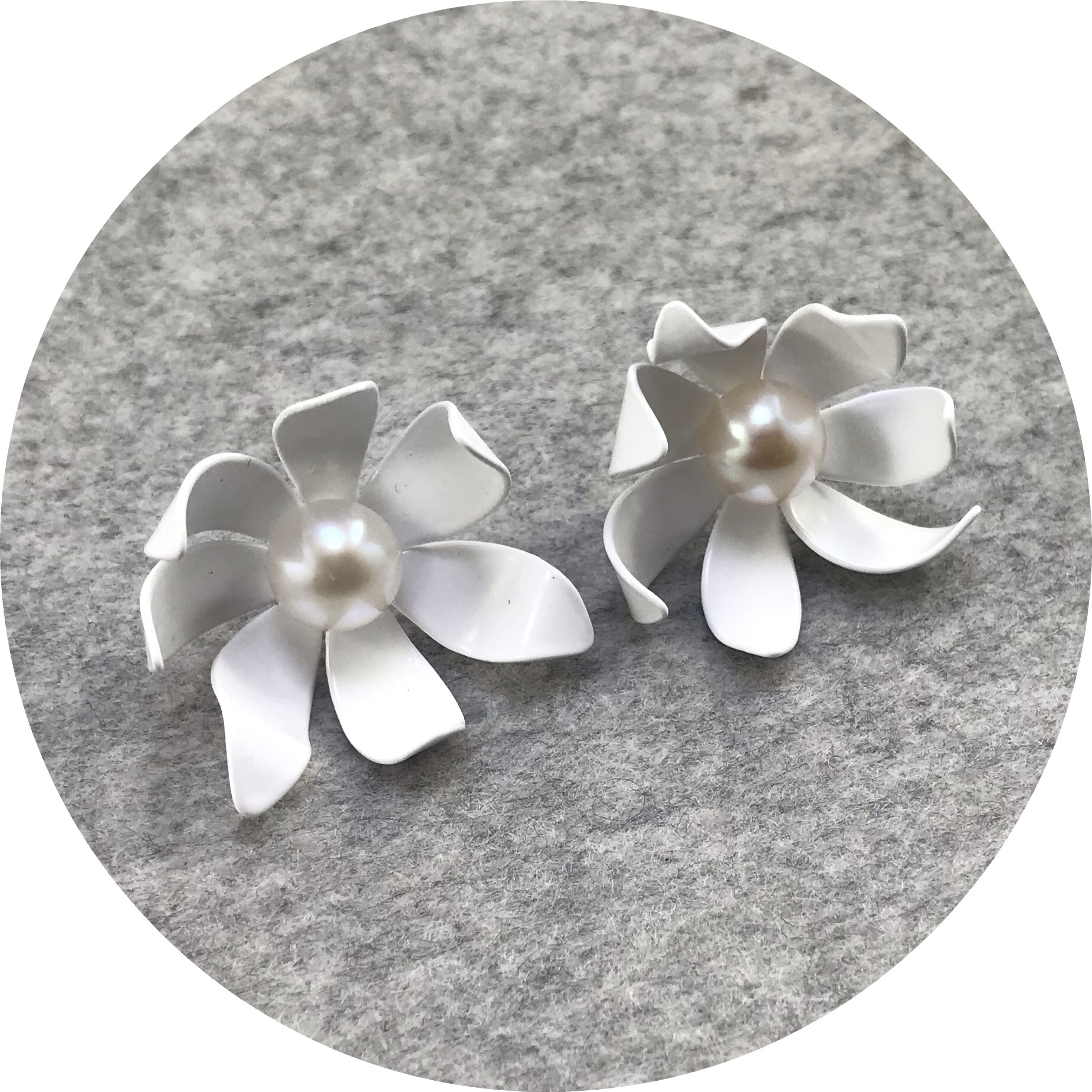 Rebecca Hinwood - 'Small Flannel Flower Studs with Pearl', brass, 925 silver, paint, pearl