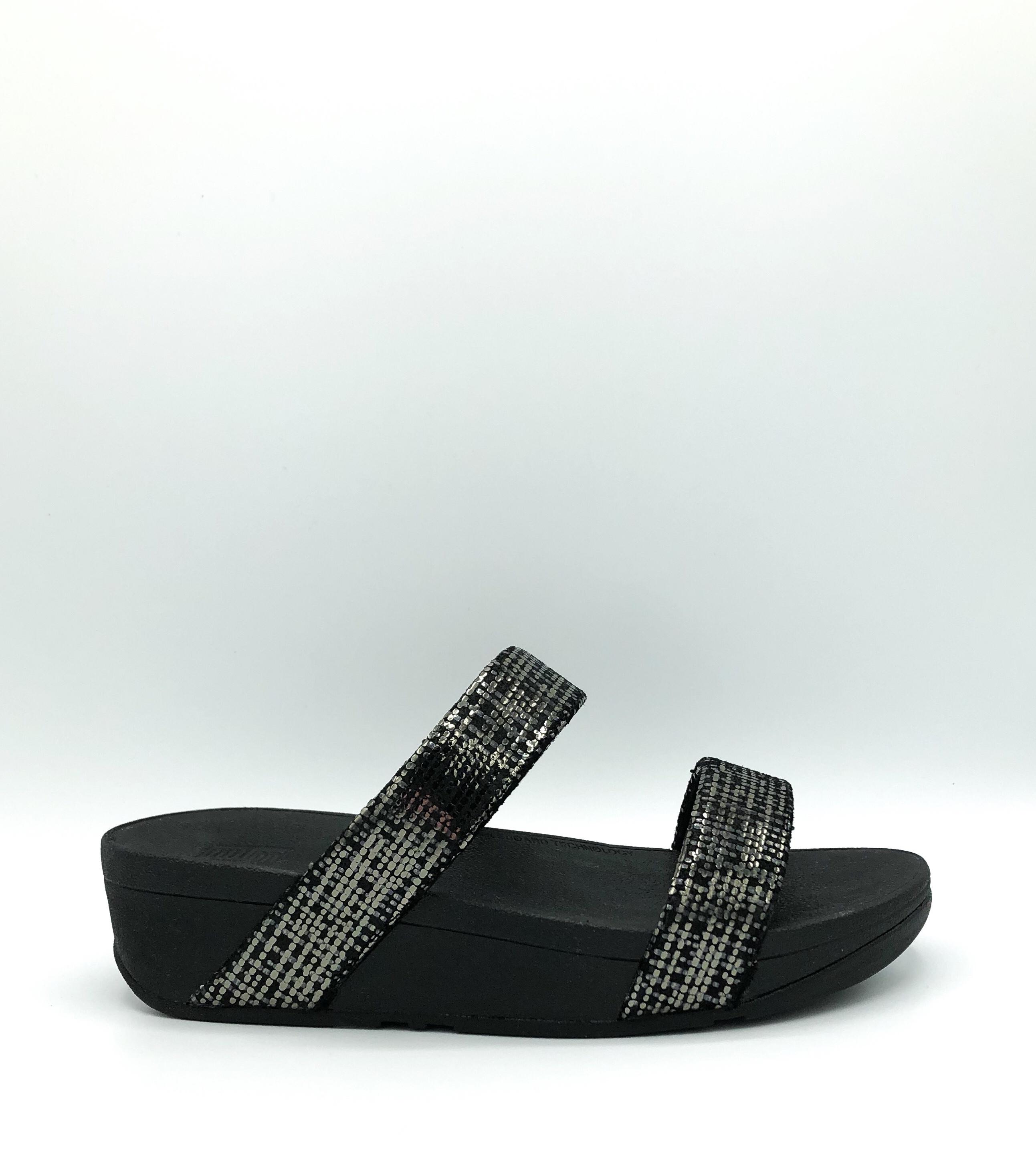 b67ad419b85 FIT FLOP - LOTTIE CHAIN PRINT SLIDE IN BLACK - the Urban Shoe Myth