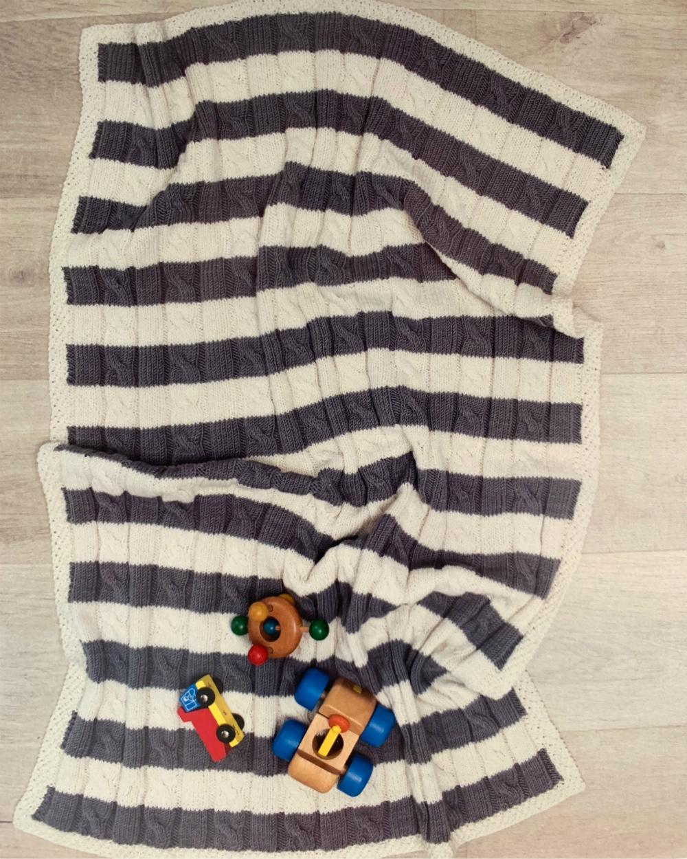 Cable Stripe Baby Blanket - Kit