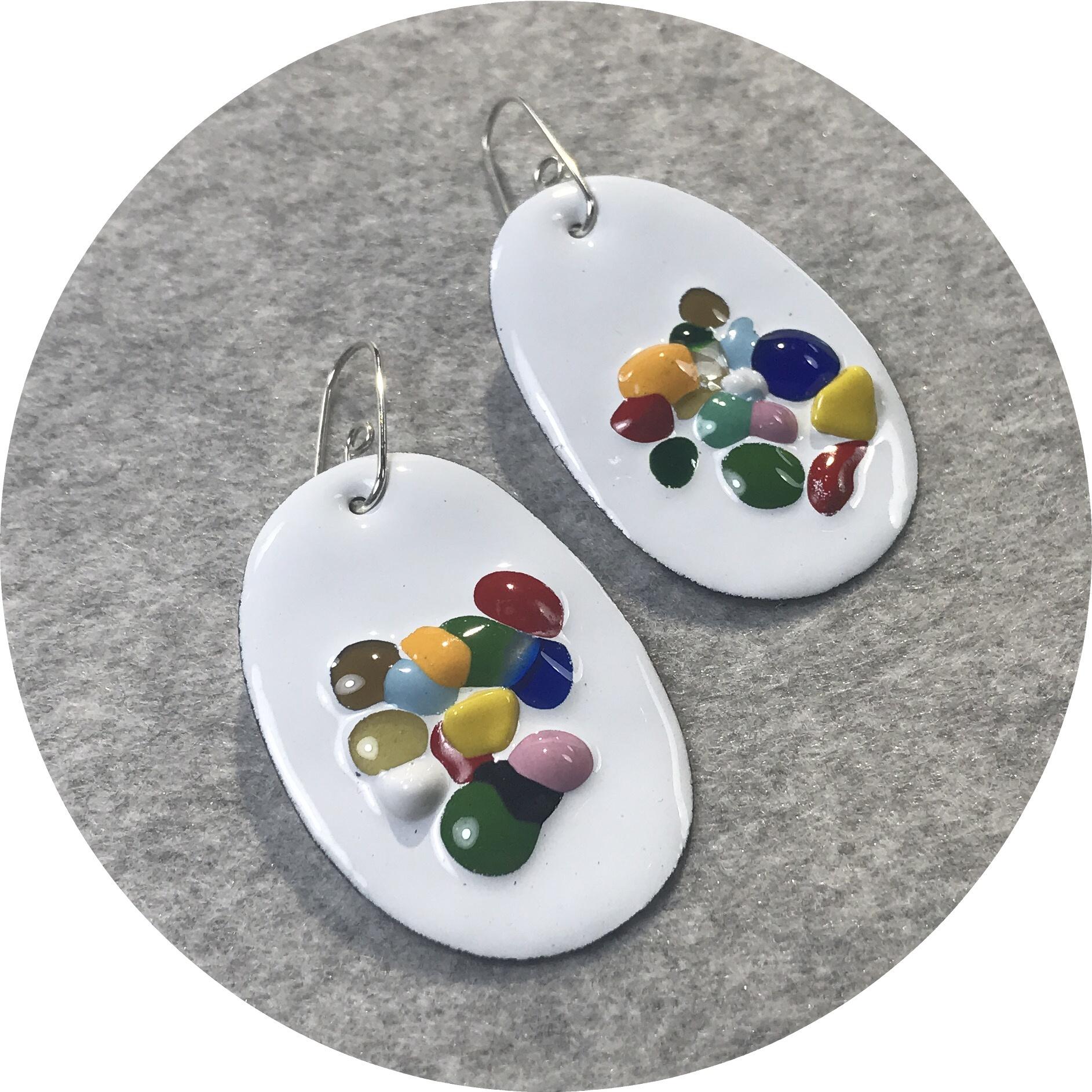 Jenna O'Brien - Medium Queenie Earrings in white enamel featuring colourful flecks