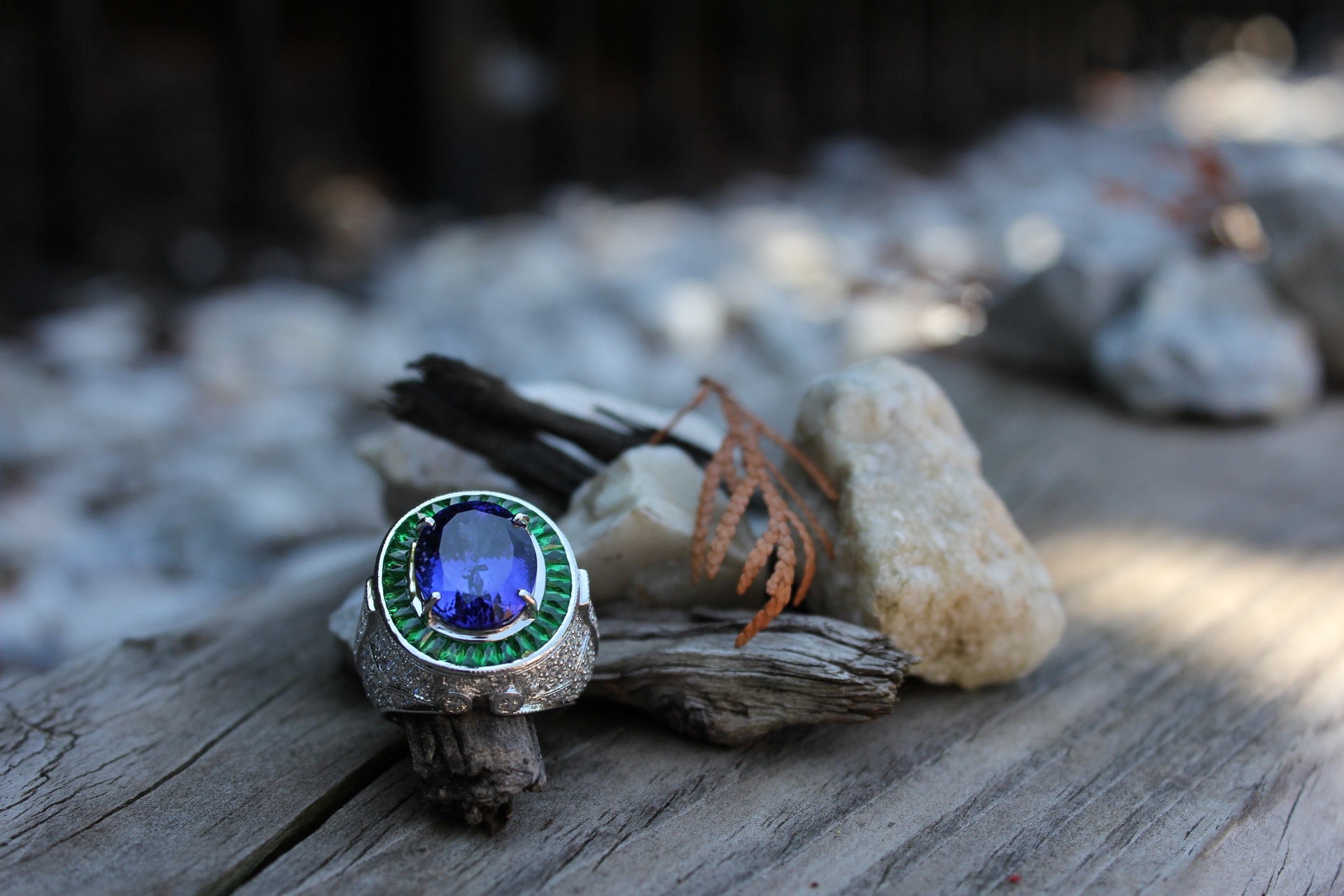 Luxury Dream Tanzanite & Tsavorite Ring