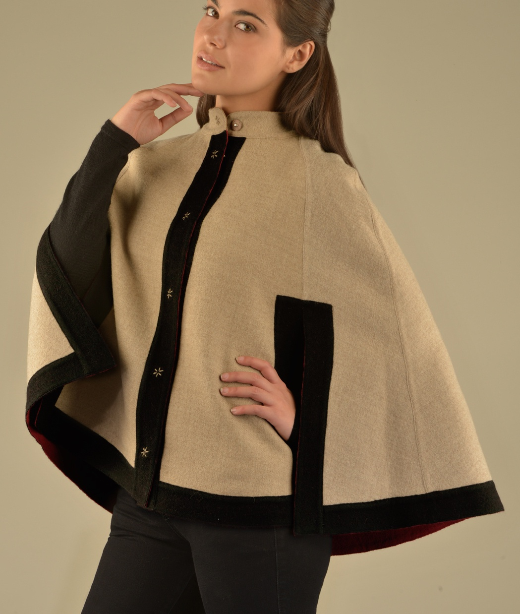 COLOR BLOCKED REVERSIBLE CAPE