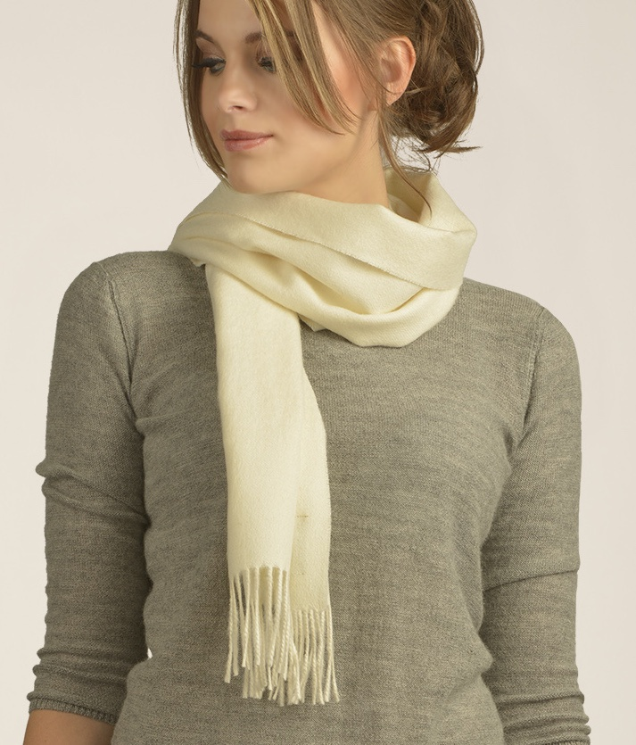 BRUSHED SCARF NATURAL WHITE 100