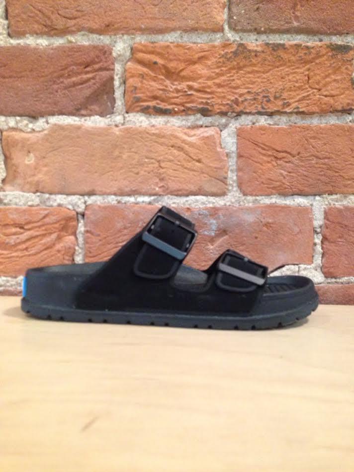 PEOPLE FOOTWEAR - THE LENNON IN REALLY BLACK/REALLY BLACK