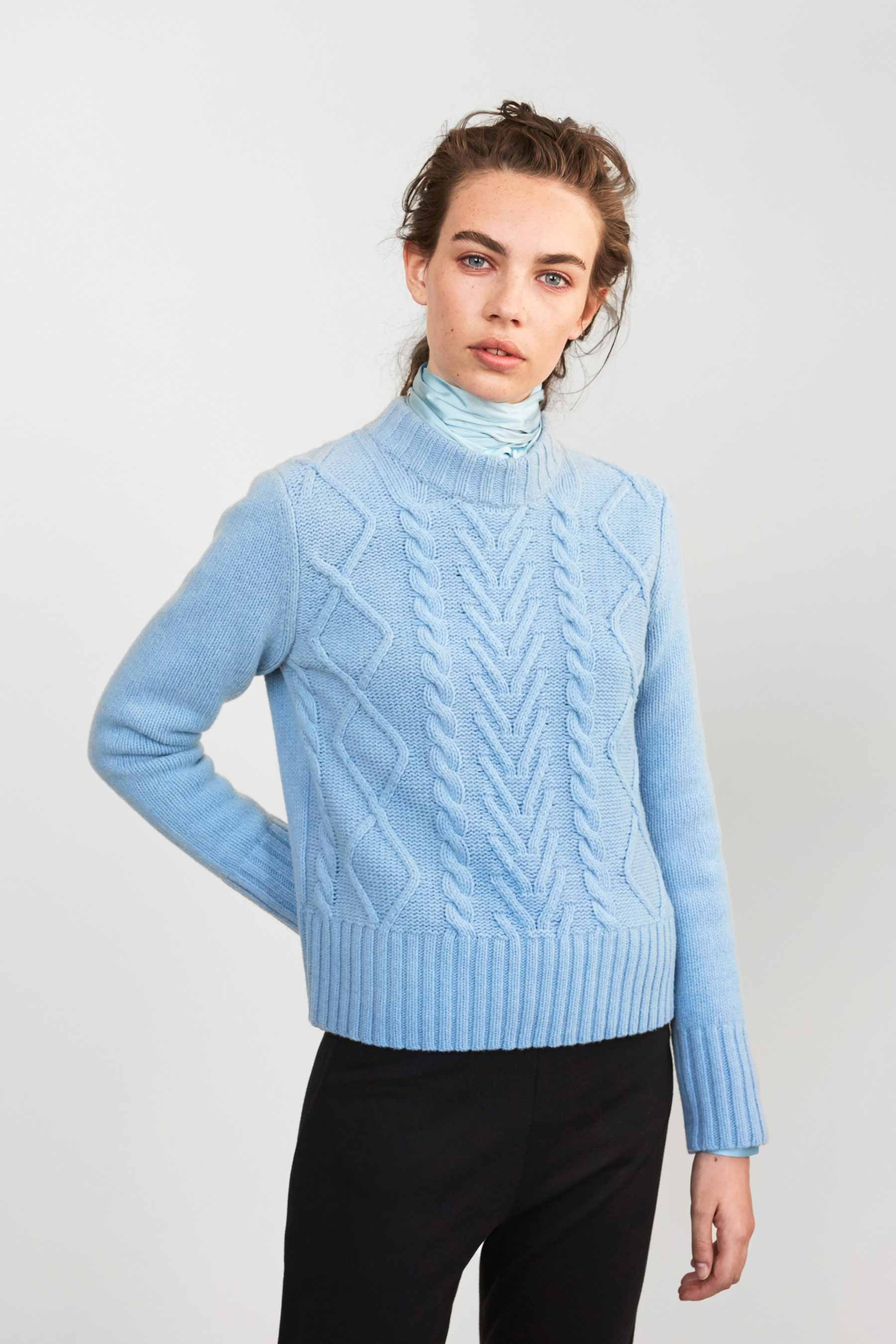 Cathrine Hammel - Cable Sweater - 1038