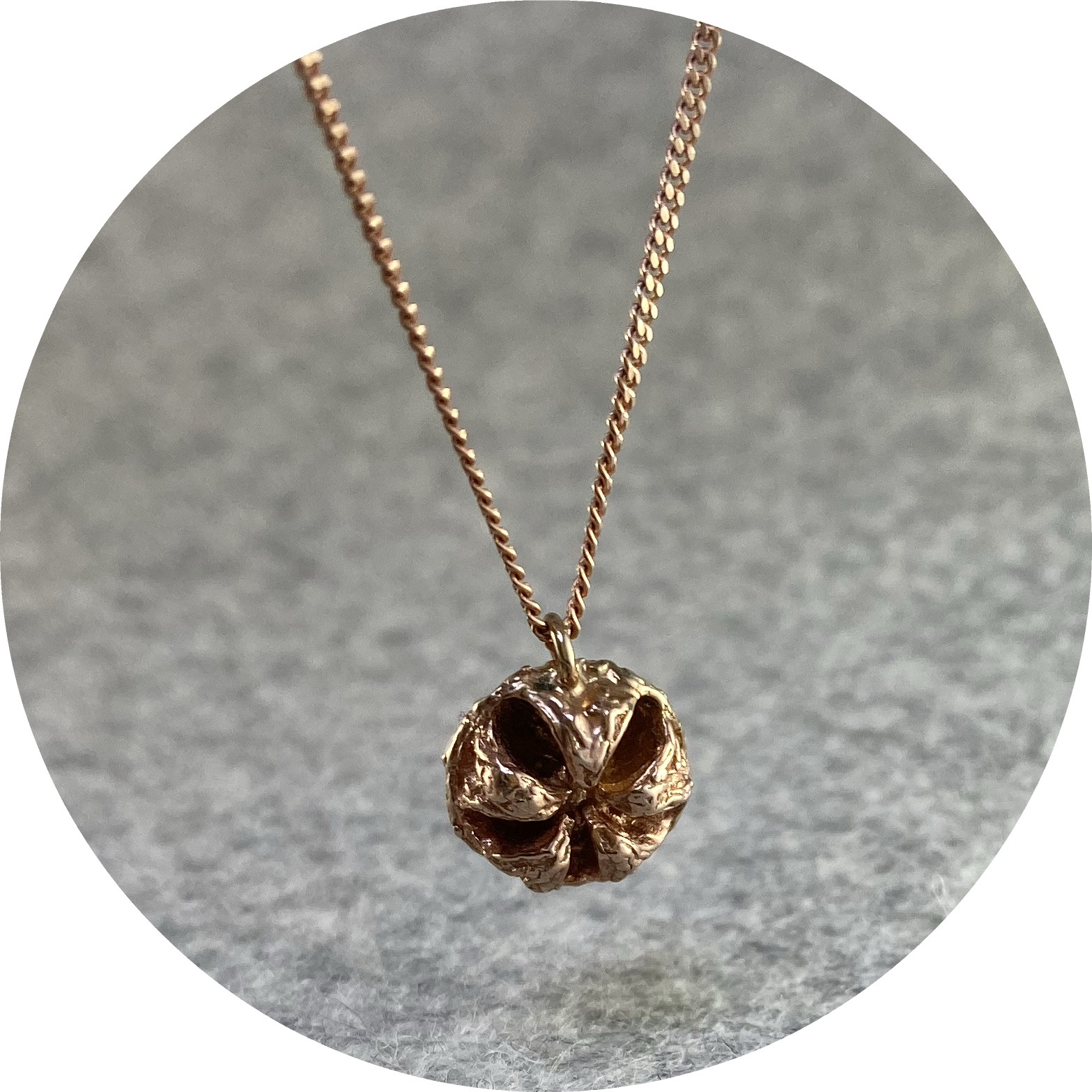 Manuela Igreja - 'Rose Big Manuka Necklace', 925 silver, rose gold plate