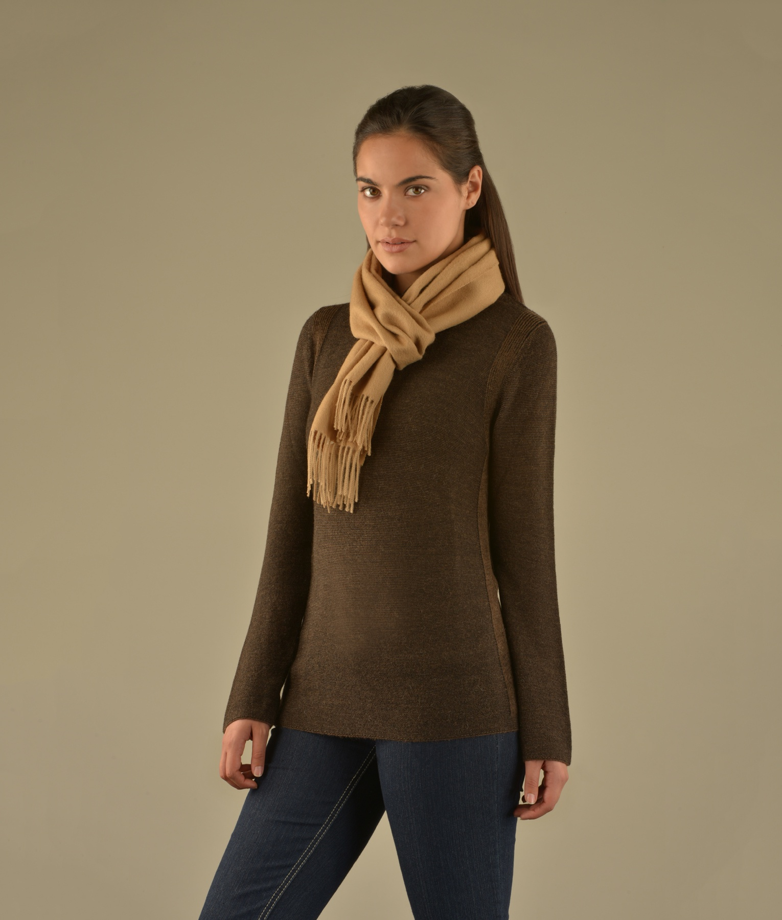 LONG BRUSHED SCARF LIGHT FAWN 203
