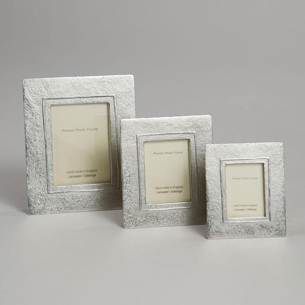 Raised Line Mini Frame - Large
