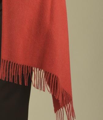 BRUSHED SHAWL M3998 HEATHER RED