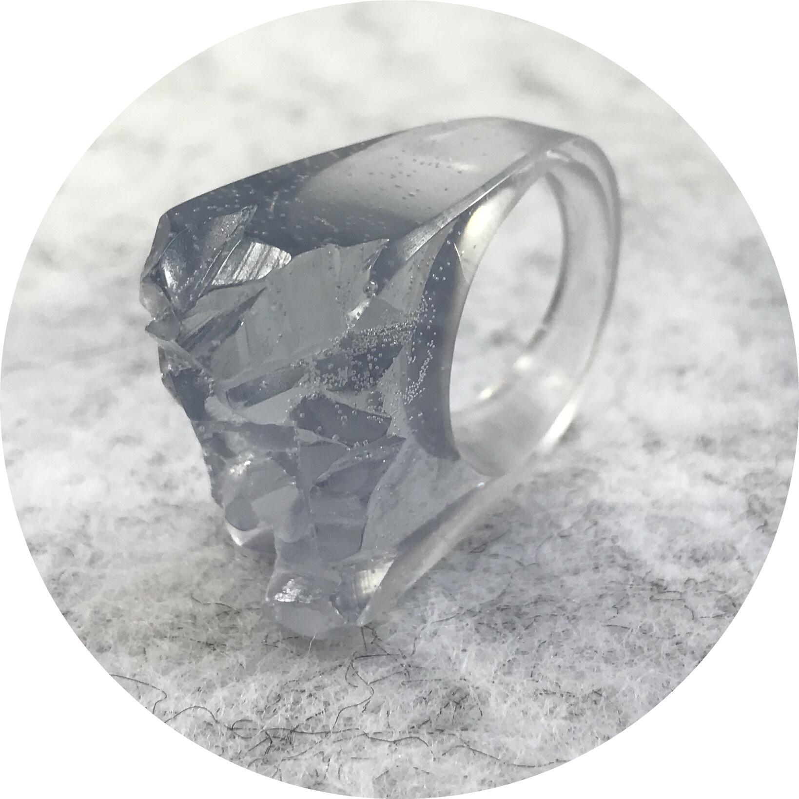 Simon Williams- Mineralist ring. Resin.