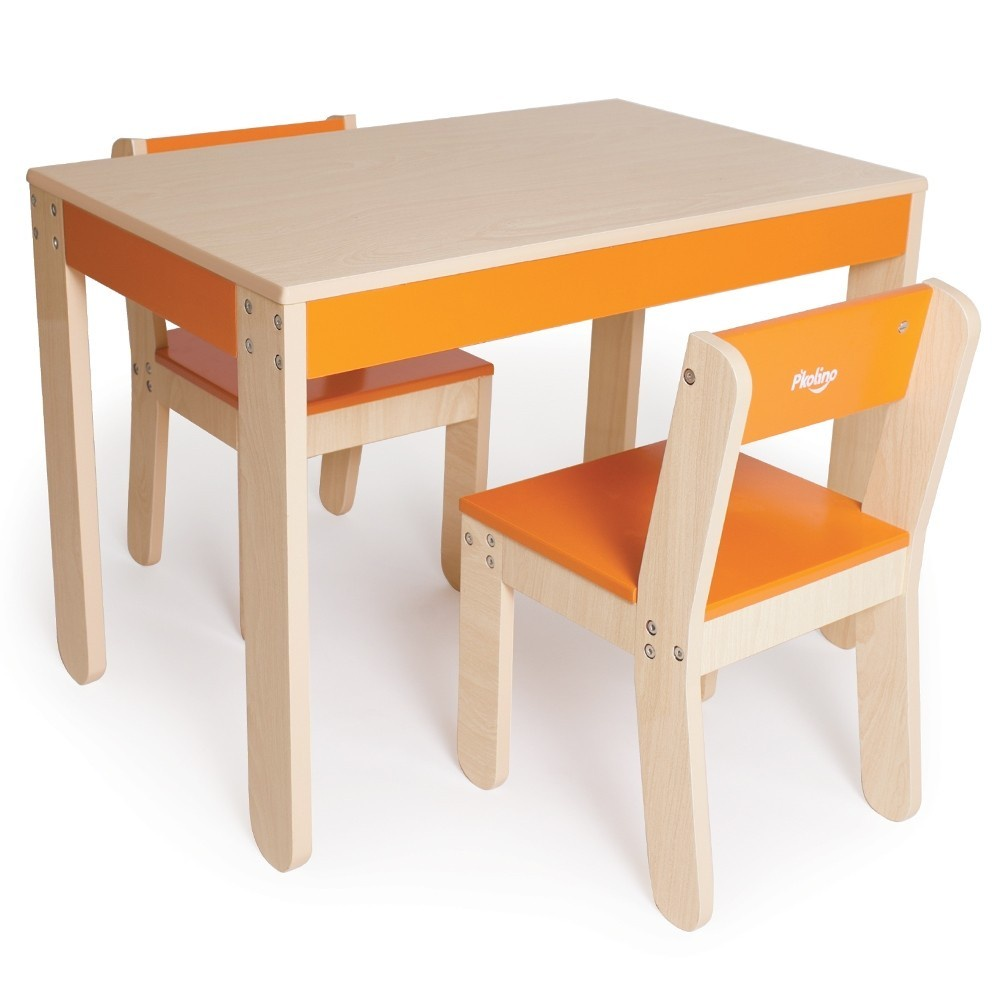 TABLE AND CHAIRS ORANGE