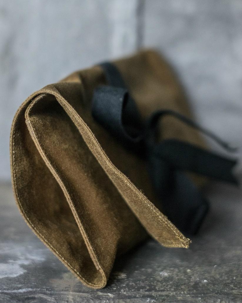 Oilskin Sewing Kit