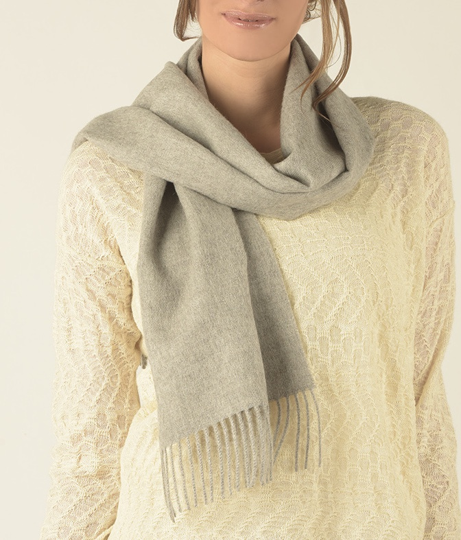 BRUSHED SCARF LIGHT GREY E003