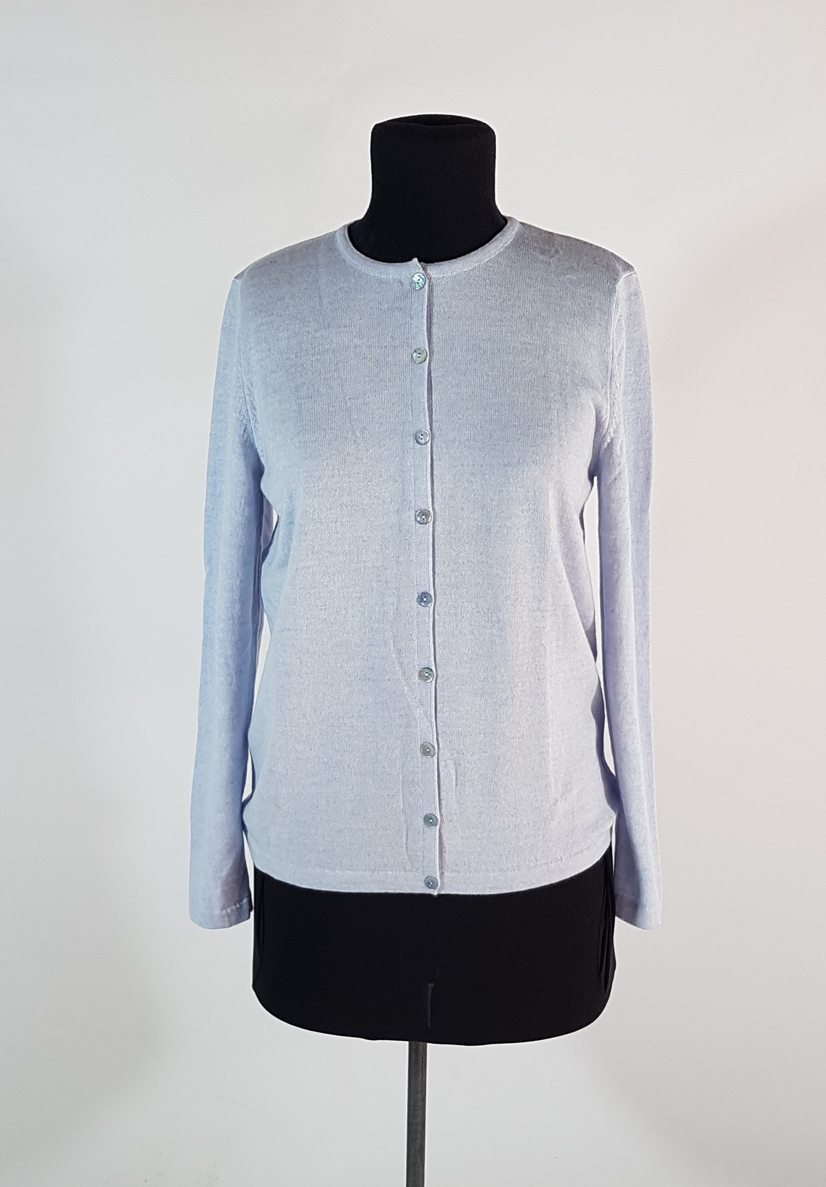 CLASSIC BUTTON CARDIGAN - CHAMBRAY