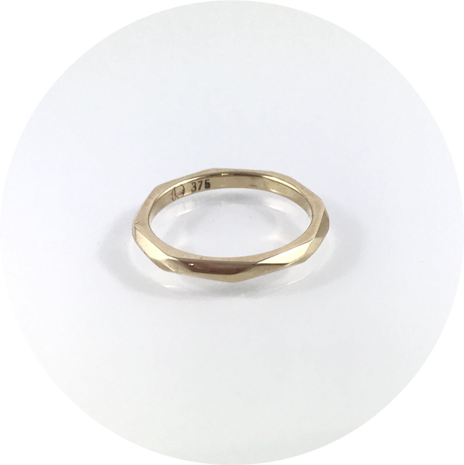 Eli Speaks- Geo- Facet Ring. 2mm 9ct yellow gold. Size J.