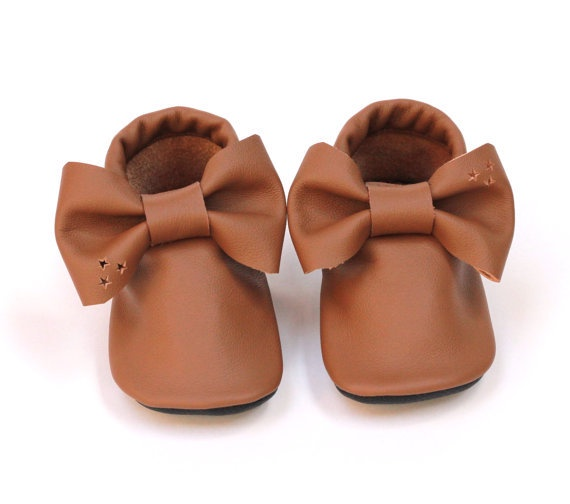 Leather Bow Moccasins - fit approx 9-15 months