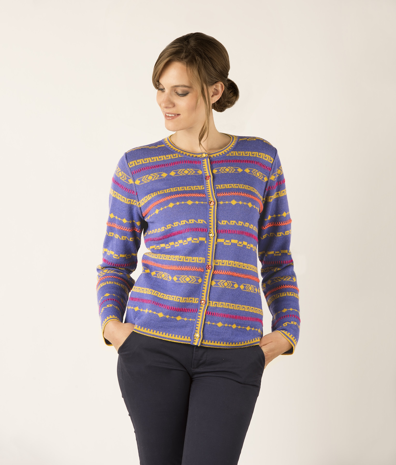GEO PLUS EMBROIDERY CARDIGAN C002
