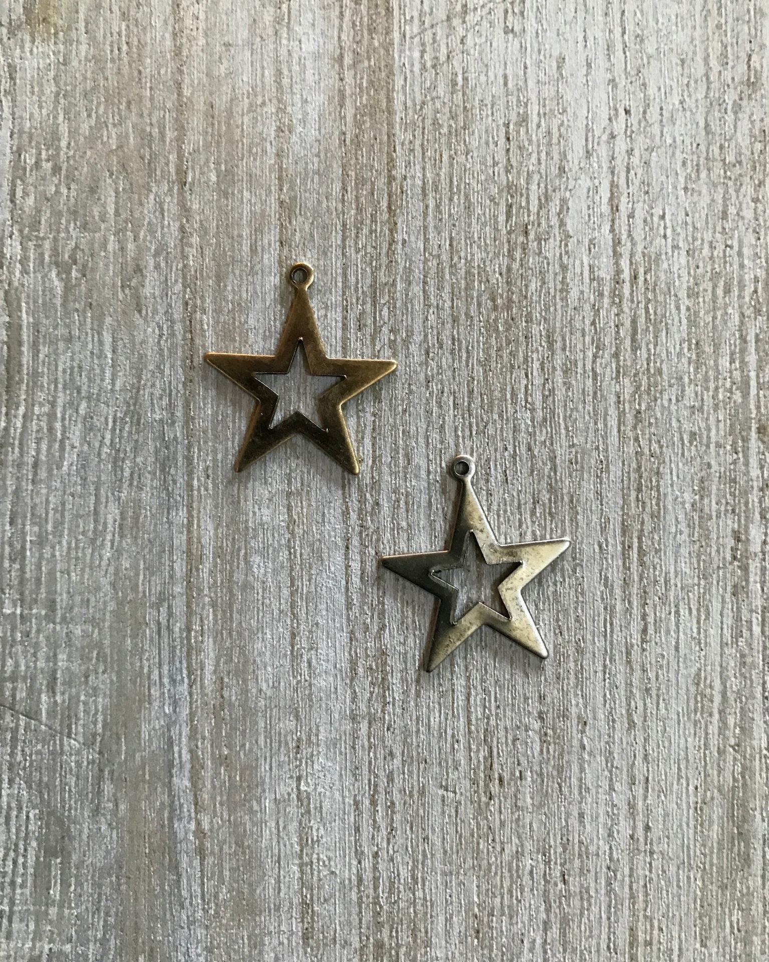 Open Star Charm