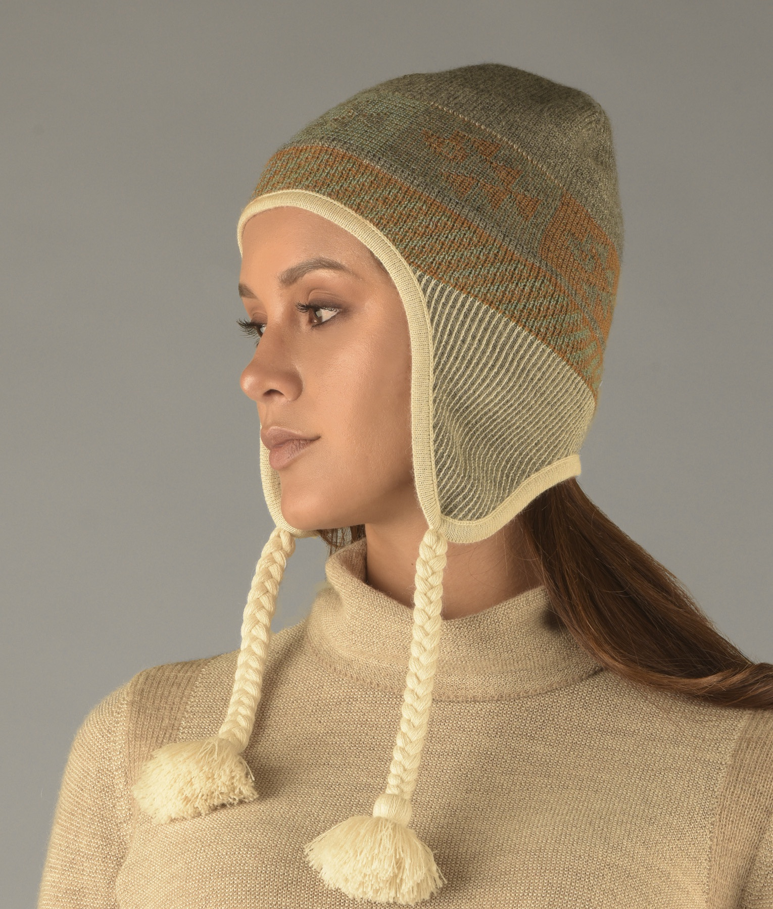 REVERSIBLE RIBBED CHULLO C001