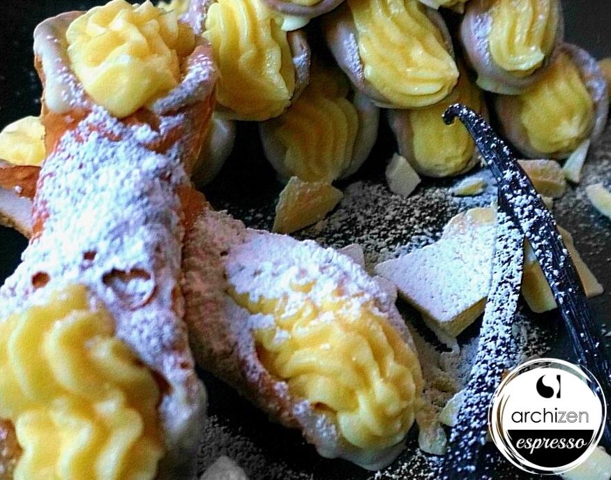 Vanilla Custard Cannolo
