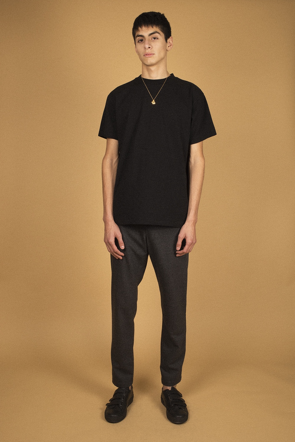 Avenue - 411 T-shirt - Black