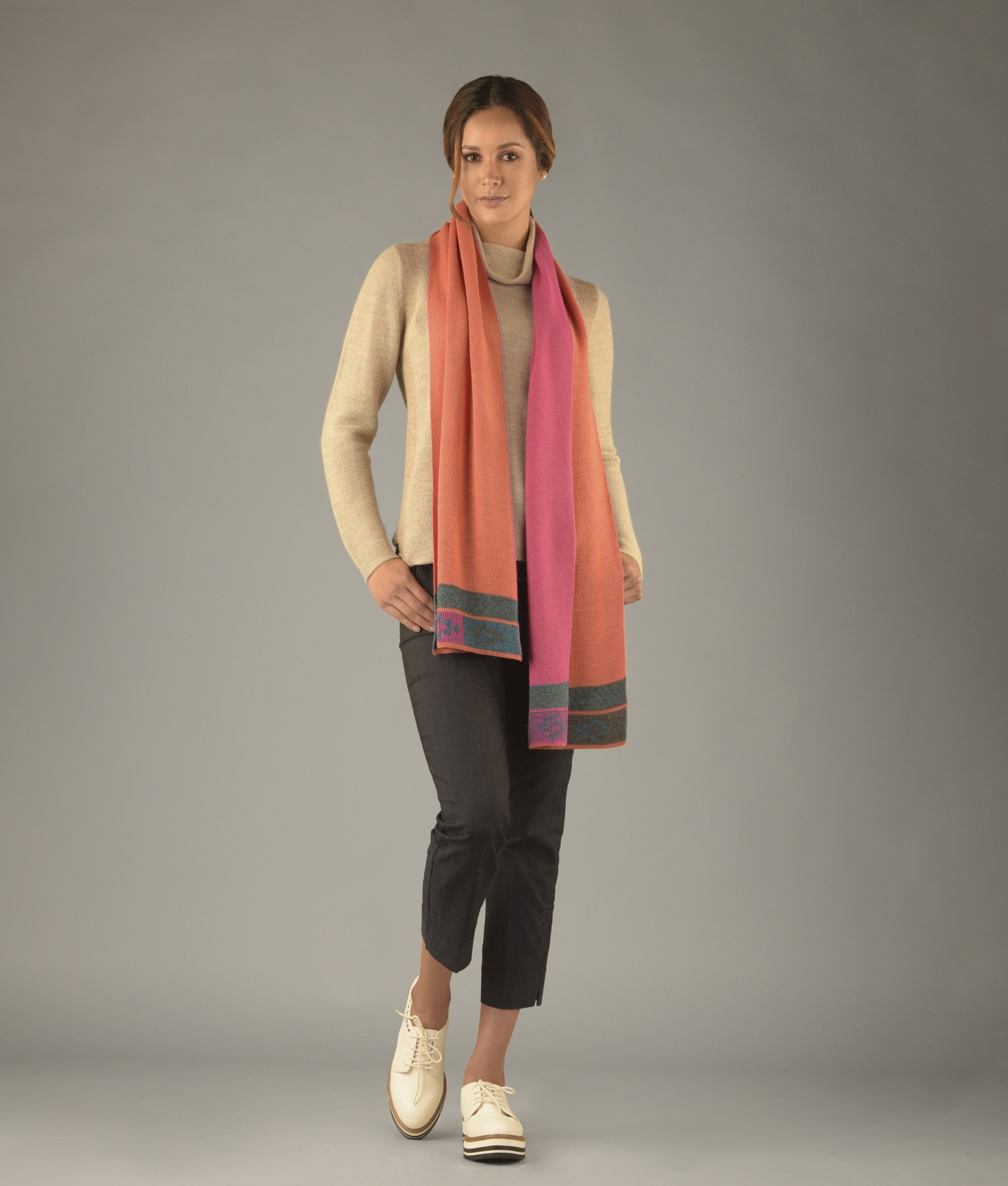 Ribbed two sided scarf C002